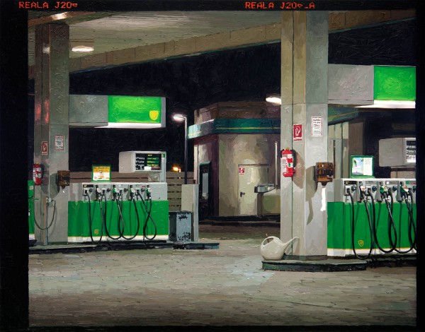 Tankstelle 537-1-2, oil on C-print, 97 x 123 cm, 2013
