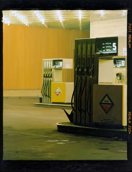 Tankstelle 538-7, oil on C-print, 115 x 96 cm, 2001