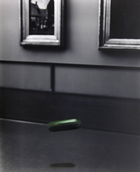 Objekt 220-1, oil on silver gelatine print, 24 x 30 cm, 1999