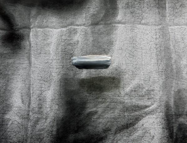 Objekt 501-4-1, oil on silver gelatine print, 69 x 86 cm, 2000
